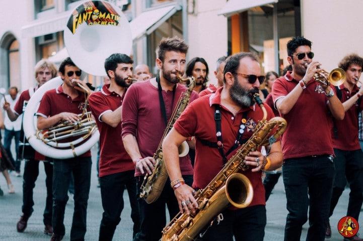 I tre appuntamenti natalizi con le marching band nel centro di Sanremo