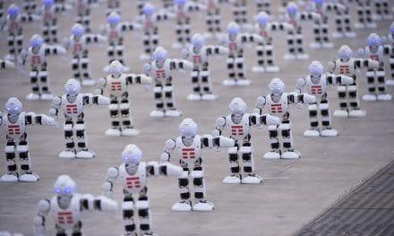 1.372 robot che ballano: TIM nel Guinness dei Primati a Sanremo 2018