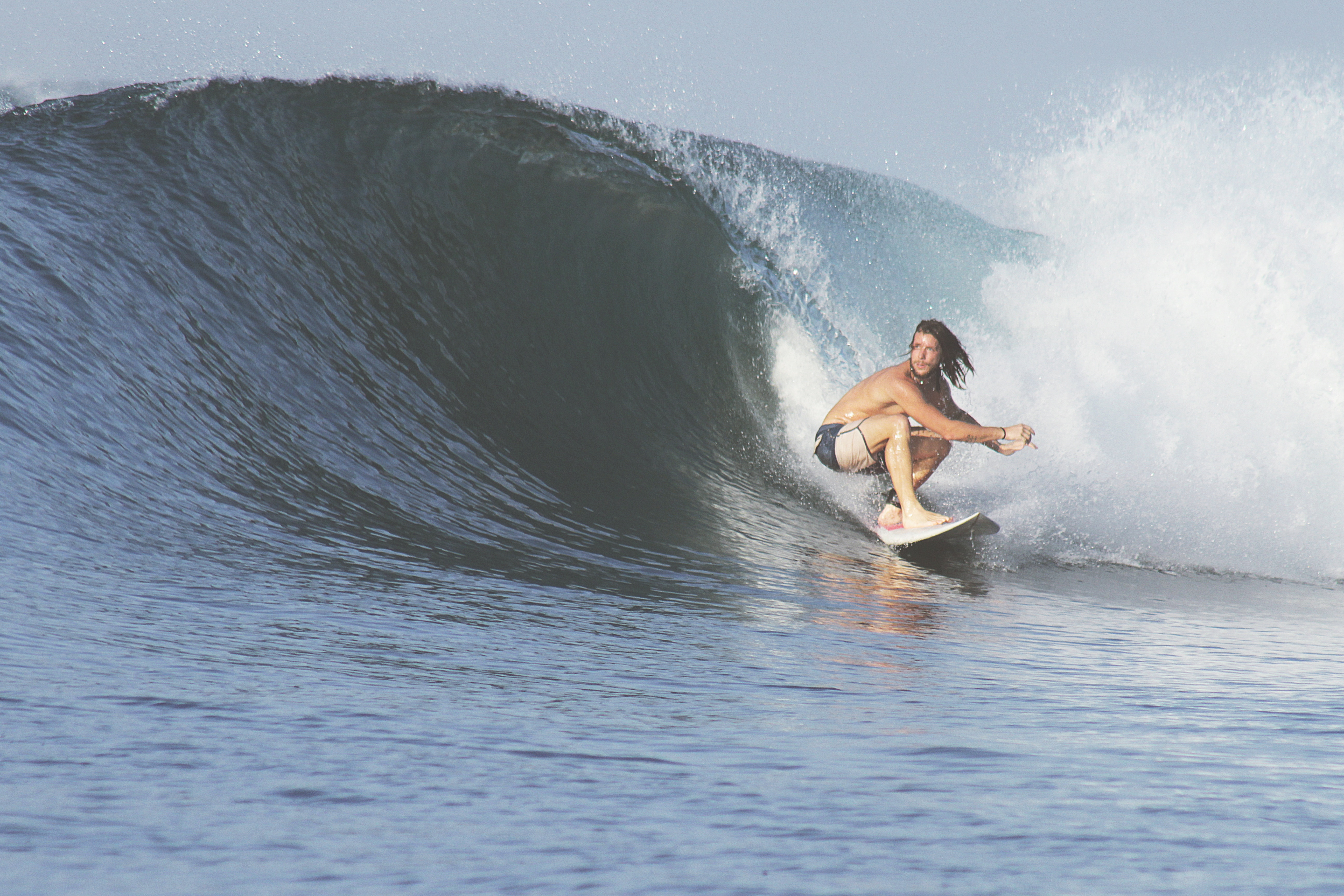 Cresce la comunità dei surfisti a Sanremo. A dimostrarlo sono le ultime iniziative nate sul territorio che promuovono una passione comune a tanti sanremesi e non solo. Il popolo dell'onda…
