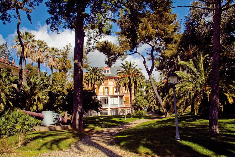 La costruzione della villa divenuta poi ultima residenza di Alfred Nobel va situata nel fenomeno di espansione residenziale cittadino nelle aree periferiche, già occupate da coltivazioni di olivi, agrumi e…