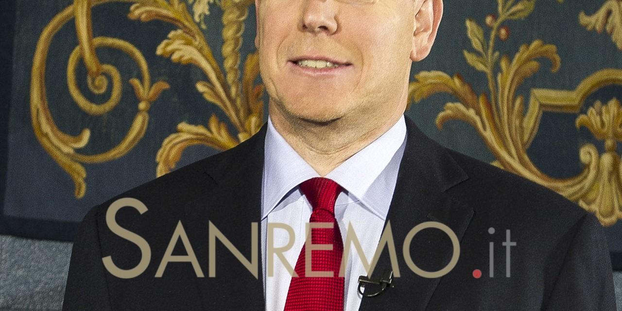 Giochi Olimpici a Londra: esposte le torce del Principe Alberto di Monaco (copy 1)