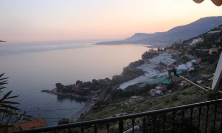"""Grimaldi: """"Non solo spiaggia"""", nel borgo più incantevole della città"""