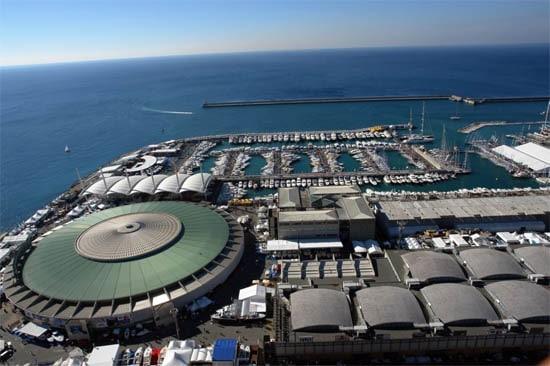 In tutto 900 espositori, 1.400 barche esposte in 200 mila metri quadri.