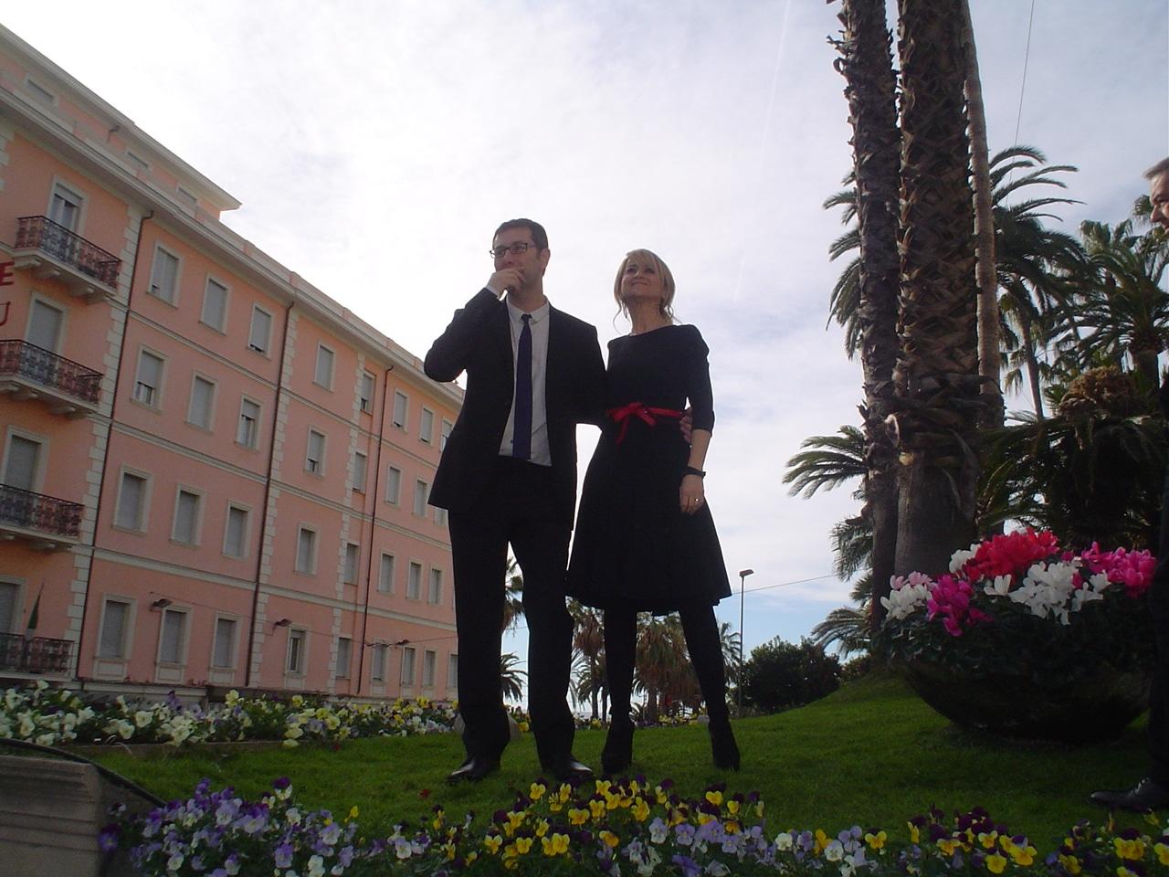 Come al solito la scoppiettante attrice torinese ha tenuto banco con i suoi interventi e le sue frecciatine nella conferenza stampa di presentazione del Festival di Sanremo 2013, tenutasi poco…