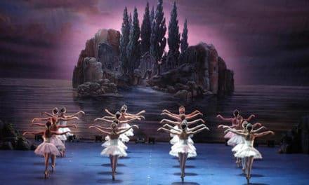 """Torna a Sanremo """"Il Lago dei cigni"""", uno dei capolavori del balletto classico"""