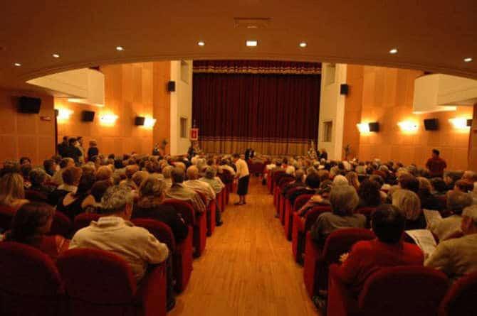 """La stagione teatrale ventimigliese cala un """"asso"""" nell'ambito di un calendario alquanto """"travagliato"""": Giovedi 17 Gennaio in scena i """"Vespri siciliani"""" di Giuseppe Verdi."""