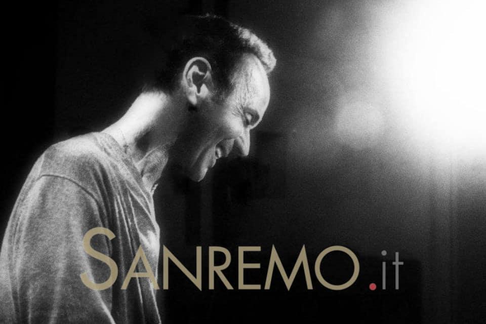 """Luigi Tenco, """"L'ultima notte"""" a Ventimiglia"""