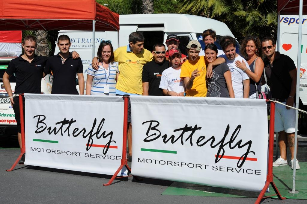Sport e solidarietà, un binomio che dovrebbe sempre andare di pari passo. Alla vigilia del Rally di Sanremo il team Butterfly Motorsport incontra i ragazzi della Spes Auser. Loghi e…