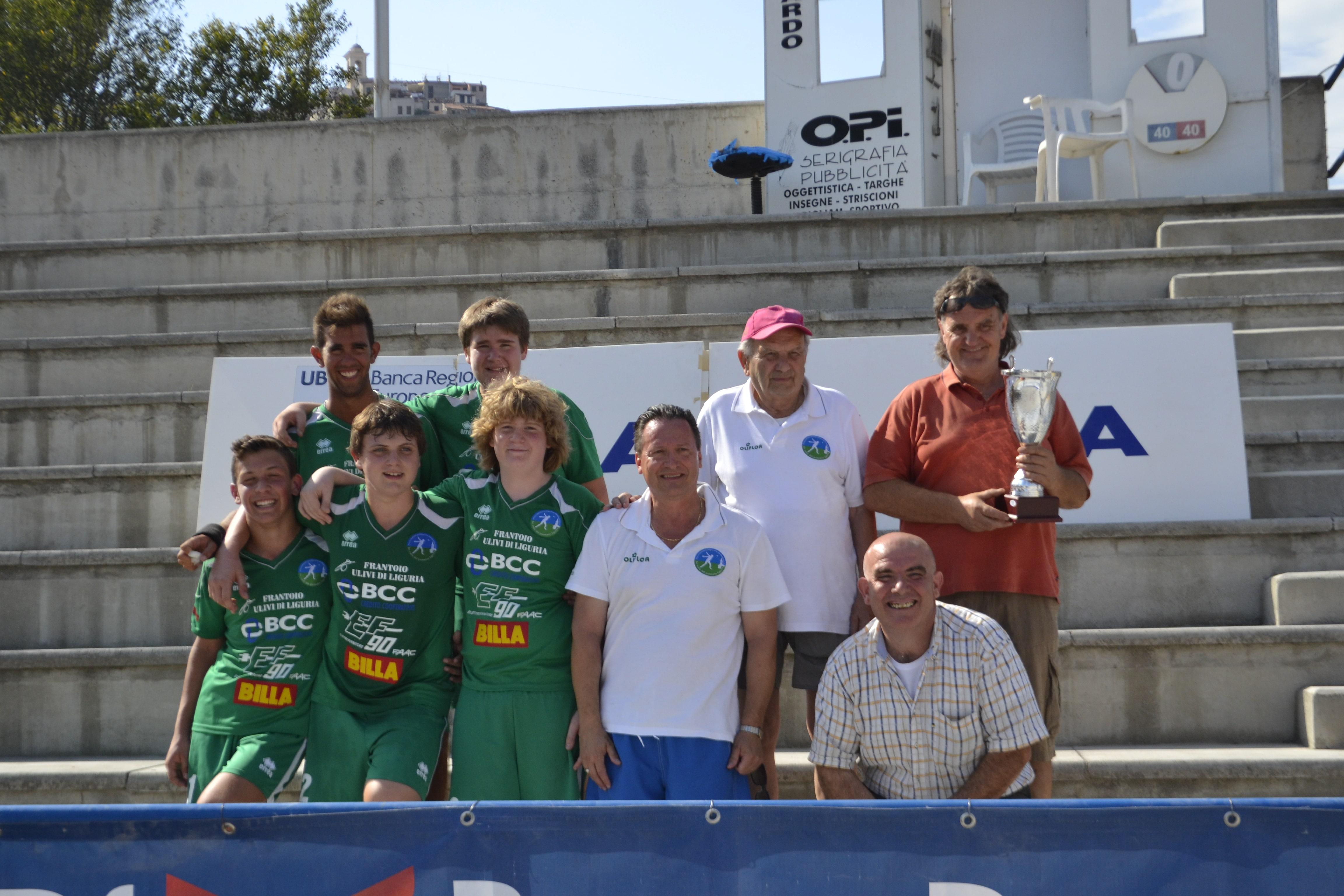 """La """"Valli del Ponente"""" (categoria allievi) ha, infatti, trionfato nella Coppa Italia di categoria battendo la Canalese, rinnovando la tradizione nella pratica del """"balon"""" in Val Verbone."""