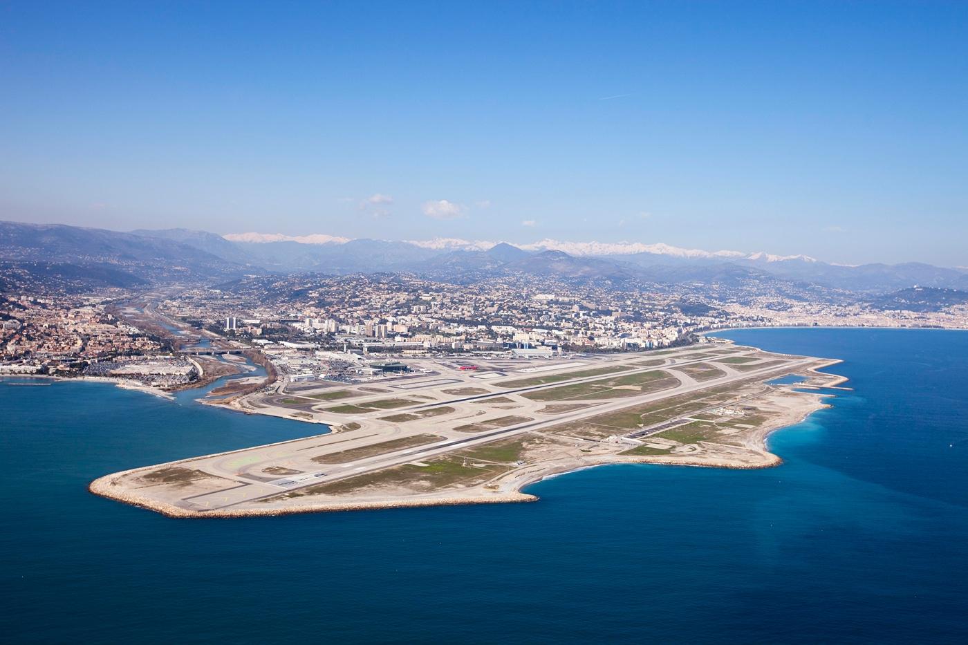 Nice confirme sa place de premier aéroport international après Paris. La progression du trafic annuel en hausse de 8,5% sur 2011 s'est vue conforter en 2012, avec une nouvelle progression…
