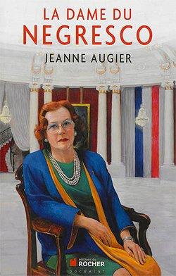 """A l'occasion du Centenaire de la fondation de cet hôtel à nul autre pareil et dont la renommé mondiale en fait un des """"bijoux"""" niçois, sa mythique propriétaire Madame Jeanne…"""