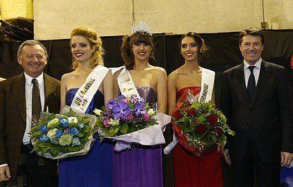 Fanny en Reine du Carnaval et des cinq continents