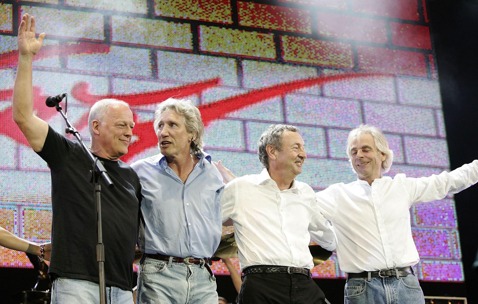 Domenica 27 dicembre, al Palazzo del Parco, tanti eventi ispirati alla band inglese e un concerto con tribute band