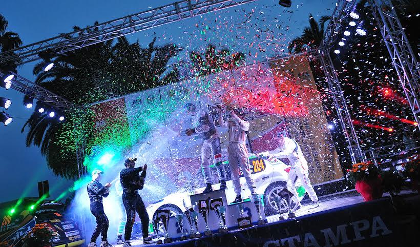 Imperia sul gradino più alto del podio con il team Scandola-D'Amore
