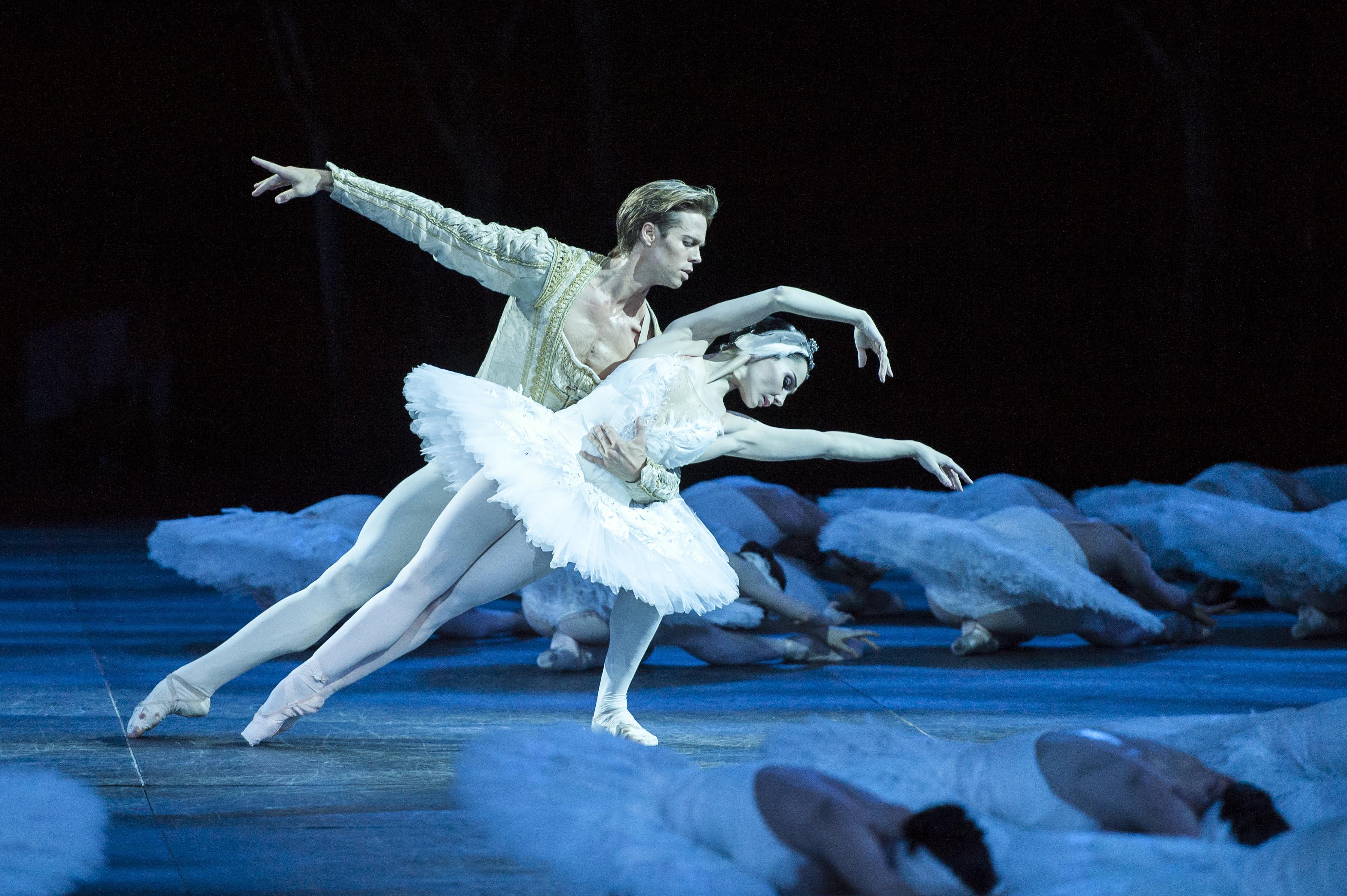 Domenica 7 dicembre al Teatro Ariston di Sanremo