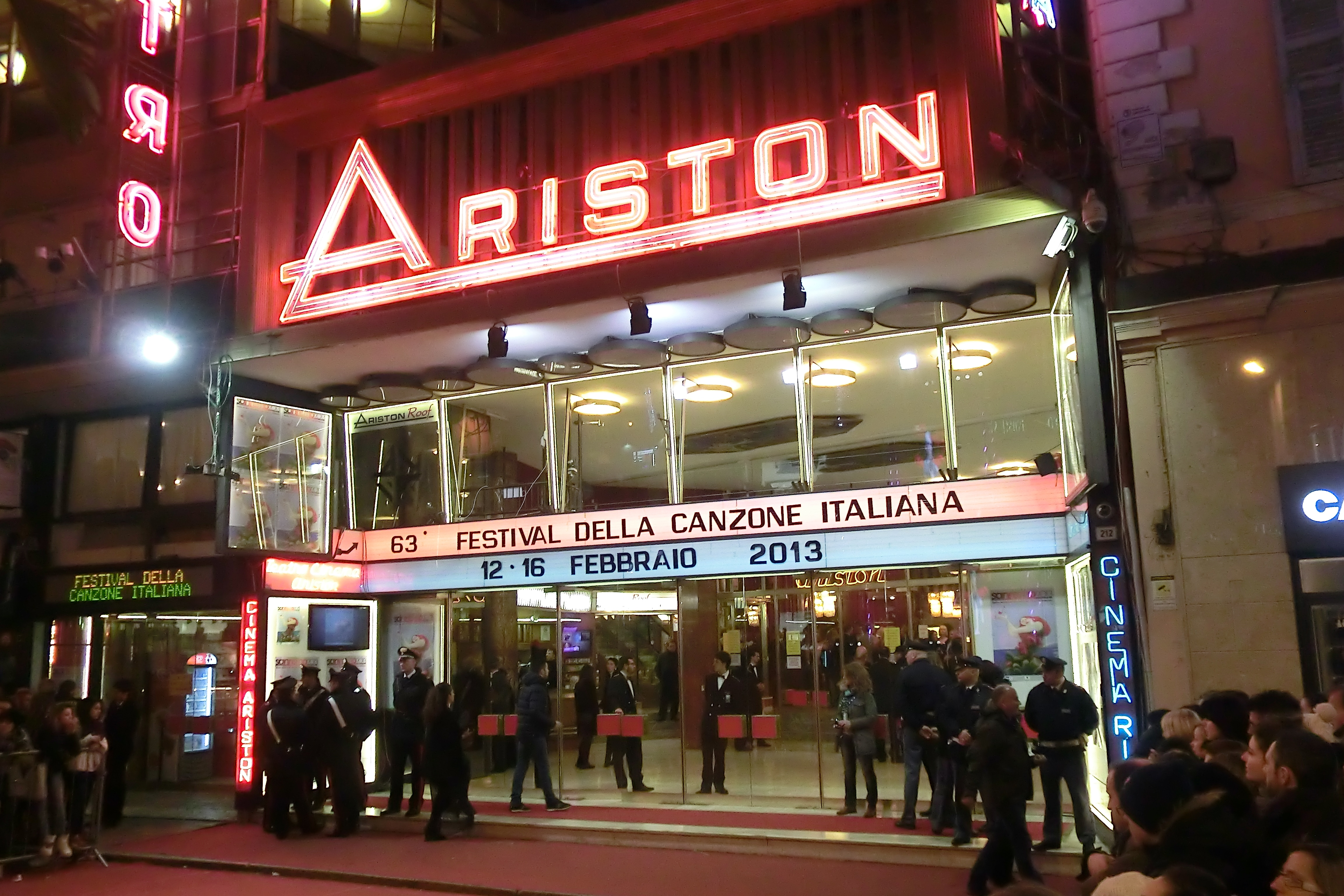 Presentato il cartellone spettacoli del Teatro Ariston fino a dicembre