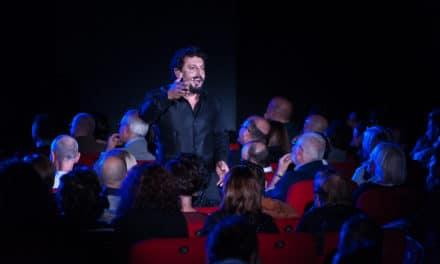 EvoluShow 2.0 di Enrico Brignano sul palco dell'Ariston
