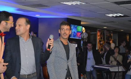 E' Francesco Gabbani il vincitore della sezione giovani del Festival 2016
