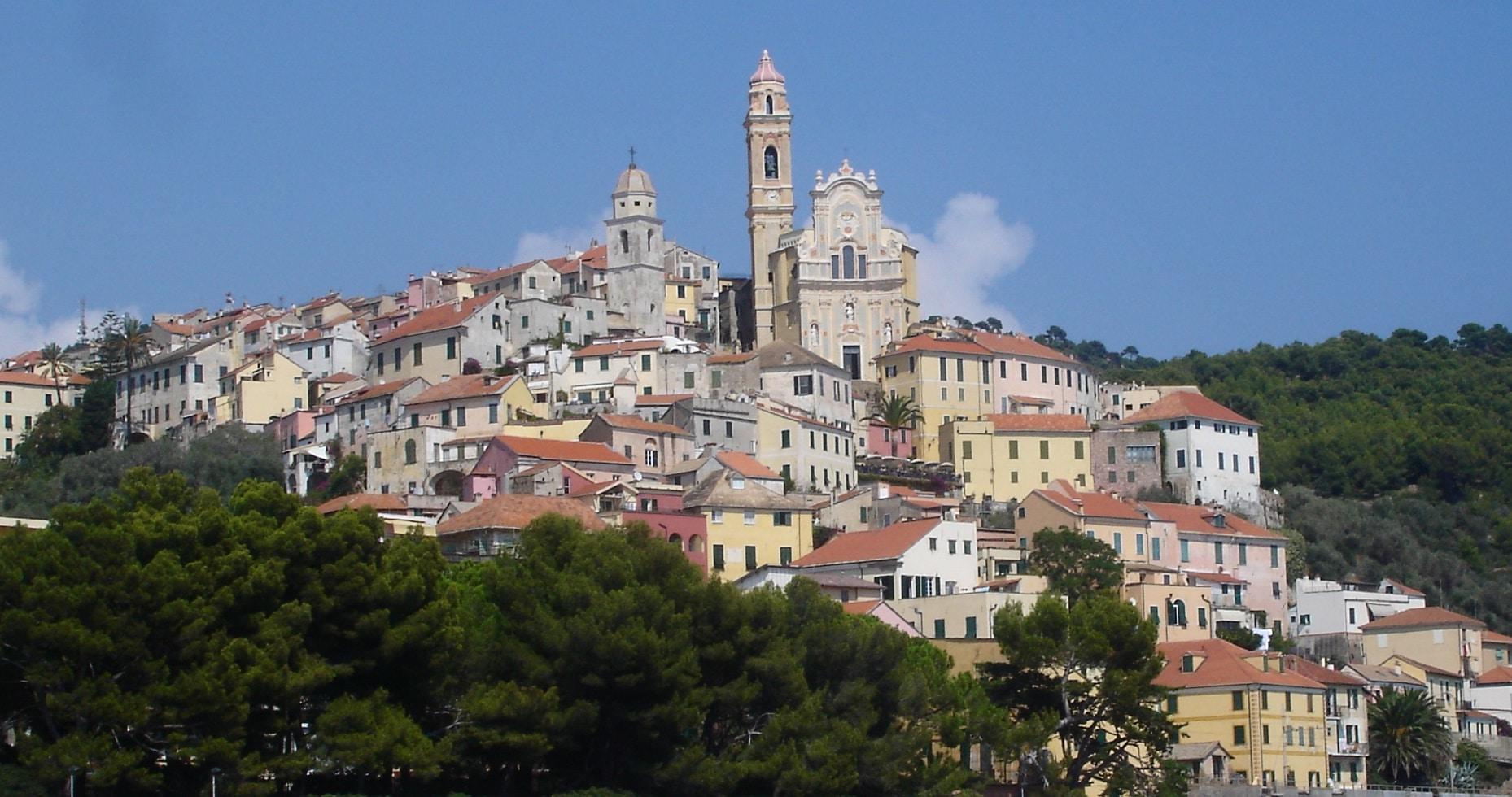 Torna nel Borgo affacciato sul mare la rassegna letteraria in collaborazione con il premio più famoso d'Italia