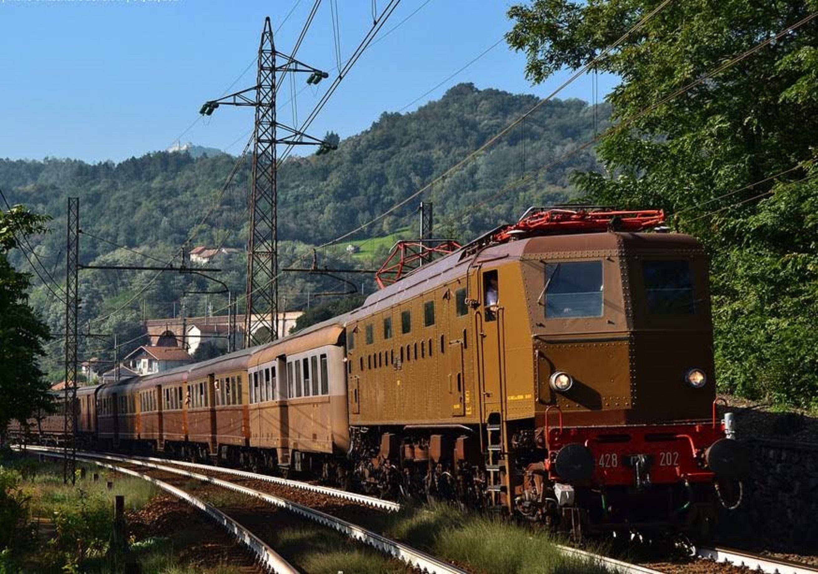 Martedì 1° novembre andata e ritorno da Savona a Taggia