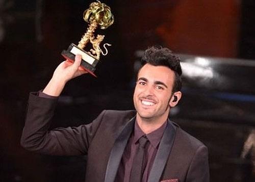 """Marco Mengoni vince il 63° Festival di Sanremo con la canzone """"L'essenziale"""", già in testa nella classifica su iTunes dove sono presenti tutti gli altri brani sanremesi. In seconda posizione…"""
