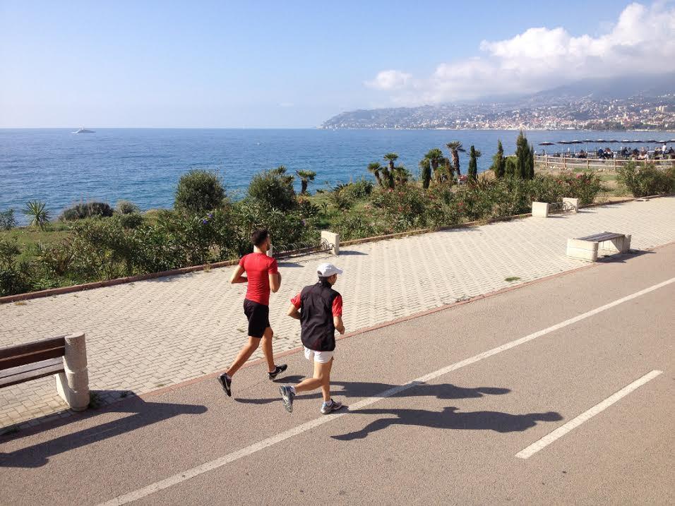 """Domenica 7 dicembre si correrà la prima edizione della Sanremo Half Marathon """"Cycling Riviera Run"""". La gara podistica, sulla tradizionale distanza della mezza maratona di 21,097 Km, partirà alle ore…"""