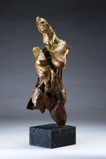 """Sono marmi e bronzi ispirati agli angelitestimoni della complessità spirituale degli uomini: """"The Angels"""",questa è la nuovapersonale dell'artista monegasco Blake,di ritornoa Monaco, dal 14 al 22 settembreal 10, Quai Antoine1er.…"""