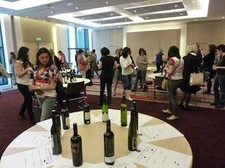 Per i viticoltori e produttori di vino è il momento di diventare famosi con Regine Le Coz ed il suo concorso internazionale