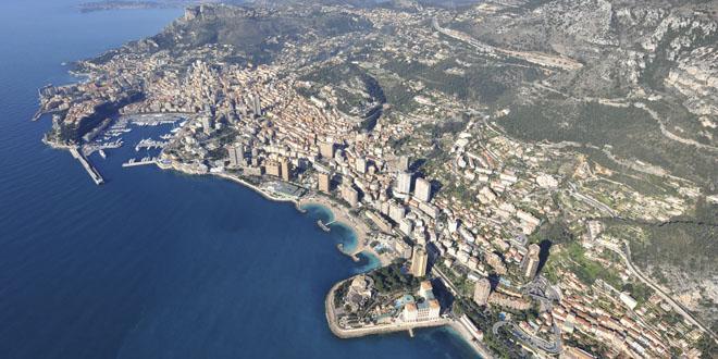 Les voitures radioguidées sont de retour sur la patinoire de Monaco. Premier rendez-vous le dimanche prochain 16 décembre, de 9h à 12h. Voici le communiqué de la Mairie de Monaco…