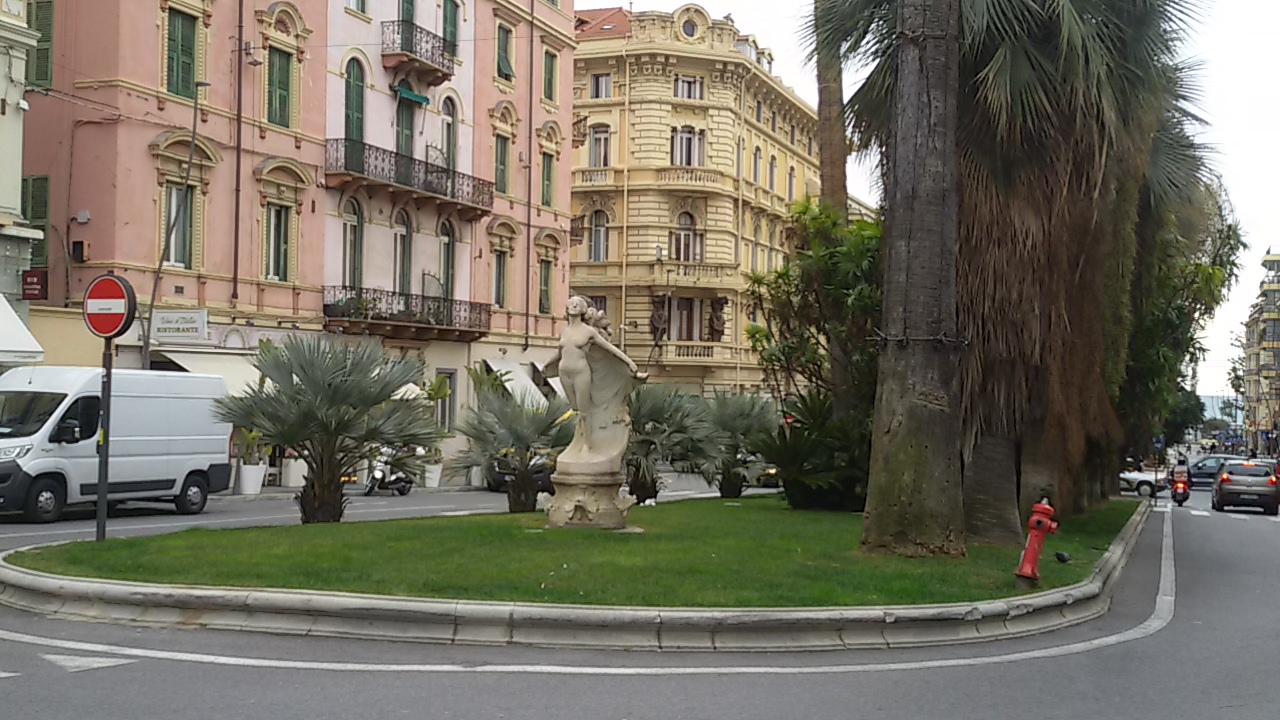 Esplorando corso Mombello alla scoperta dei monumenti di Sanremo