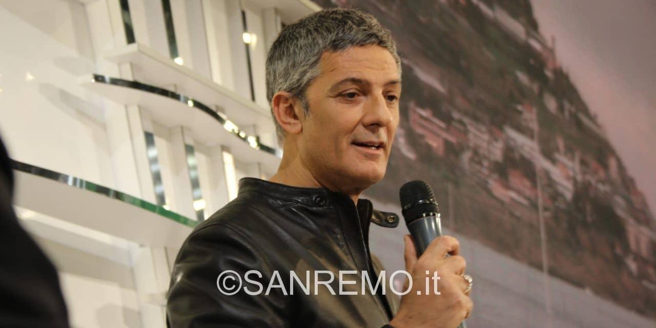 """Fiorello: """"questa sera inizierò con un whatsapp audio di Baglioni"""""""