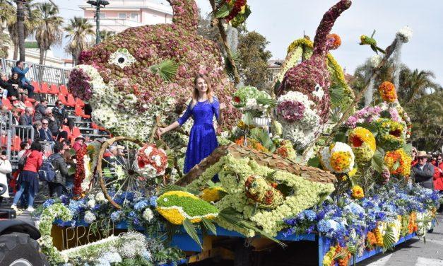 Sanremo in fiore, a vincere è il carro di Cipressa con il pesce luna