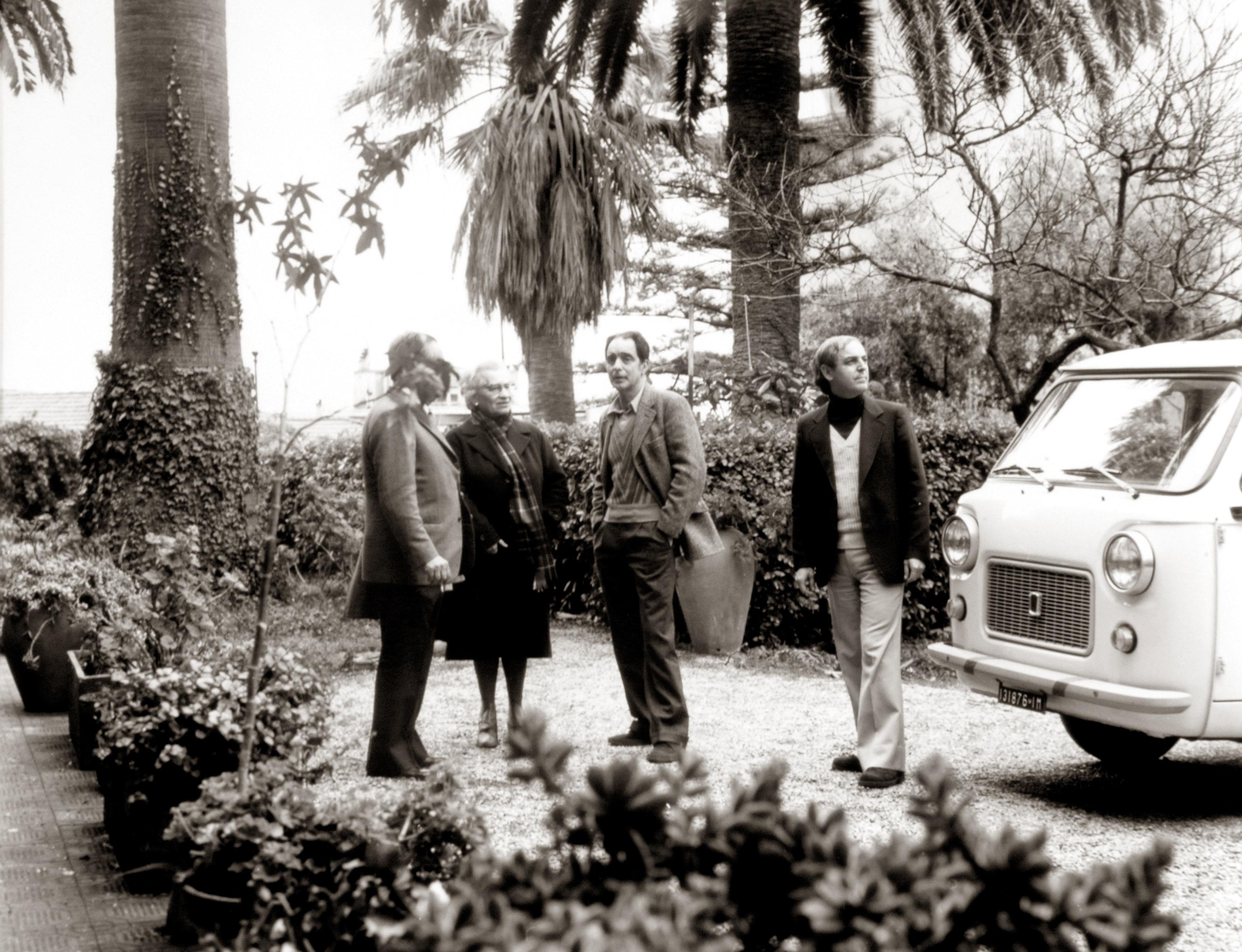 Nella memoria del giovane Italo c'è la villa Meridiana come un luogo di confine. Lui era attratto dalla vitalità cittadina, dal mondo meraviglioso e luminoso della Sanremo cosmopolita, ricca di…